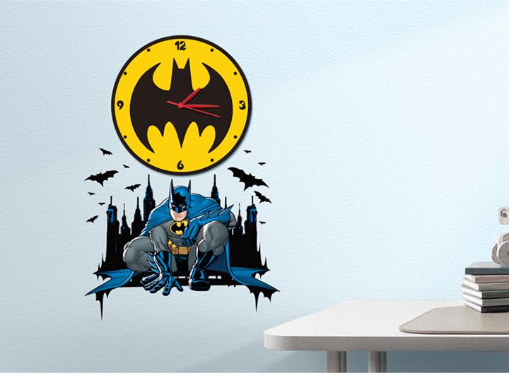 蝙蝠侠环保衣服装秀儿童